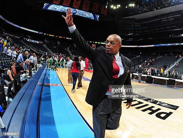 Head Coach Fred Williams of the Atlanta Dream waves to the crowd after the WNBA game against the Brazilian National Team at Philips Arena on May 13...