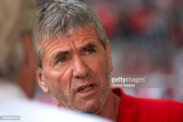 Head coach Friedhelm Funkel of Duesseldorf looks on prior to the Second Bundesliga match between Fortuna Duesseldorf and FC Ingolstadt 04 at...