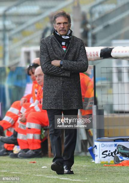 head coach Fulvio Fiorin of Ascoli Picchio looks on during the Serie B match between Parma Calcio and Ascoli Picchio at Stadio Ennio Tardini on...