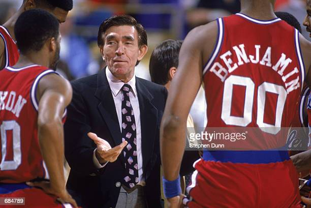 Head coach Gene Shue of the Los Angeles Clippers instructs his team during the NBA game against the Los Angeles Lakers at the Great Western Forum in...