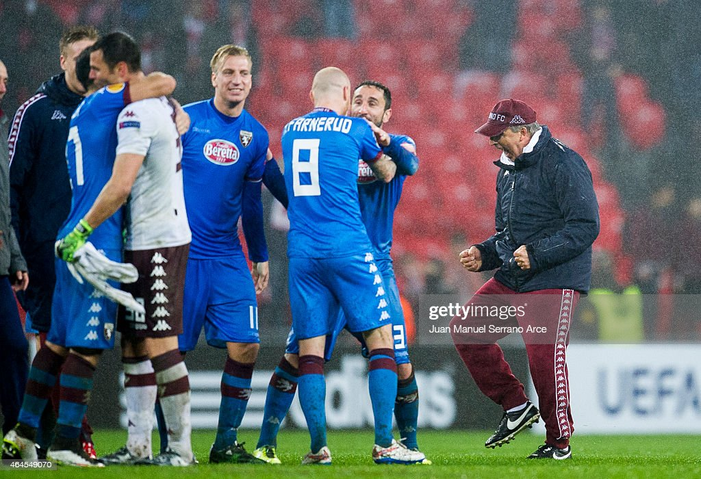 Head coach Giampiero Ventura (R) of Torino FC reacts during the UEFA Europa League Round of 32 match between Athletic Club and Torino FC at San Mames Stadium on February 26, 2015 in Bilbao, Spain.