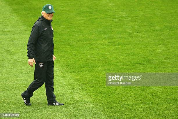 Head coach Giovanni Trapattoni of Republic of Ireland attends a Republic of Ireland training session prior to the UEFA EURO 2012 Group C match...
