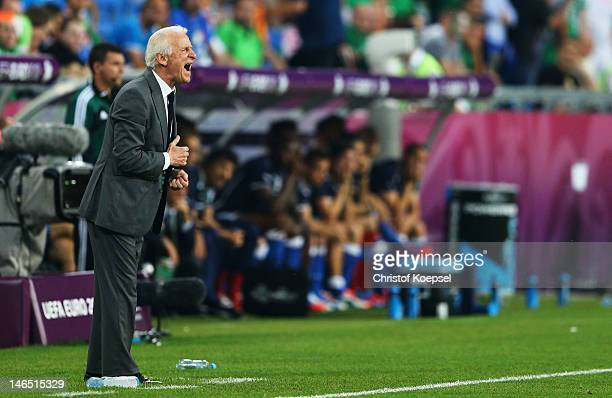 Head Coach Giovanni Trapattoni of Republic of Ireland shouts orders during the UEFA EURO 2012 group C match between Italy and Ireland at The...