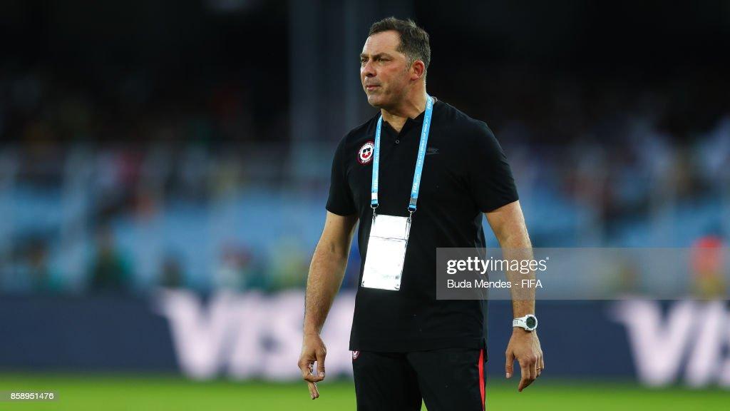 Head coach Hernan Caputto of Chile reacts during the FIFA U-17 World Cup India 2017 group F match between Chile and England at Vivekananda Yuba Bharati Krirangan on October 8, 2017 in Kolkata, India.