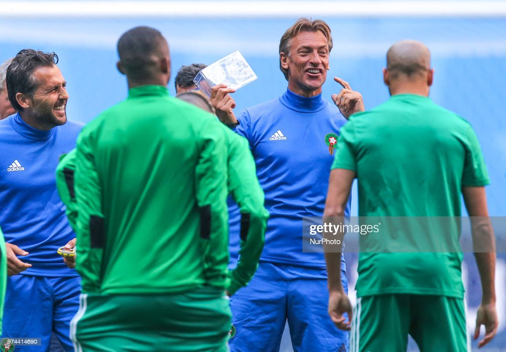 Head coach Herve Renard (C) of the Morocco national football team takes part in a training session at Saint Petersburg Stadium in Saint Petersburg on June 14, 2018, ahead of a the 2018 FIFA World Cup match, between Morocco and Iran.