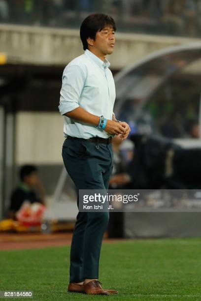 Head coach Hiroshi Nanami of Jubilo Iwata looks on during the JLeague J1 match between Vegalta Sendai and Jubilo Iwata at Yurtec Stadium Sendai on...