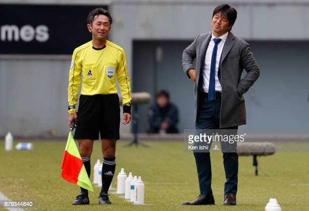 Head coach Hiroshi Nanami of Jubilo Iwata protests to an assistant referee during the JLeague J1 match between Sagan Tosu and Jubilo Iwata at Best...