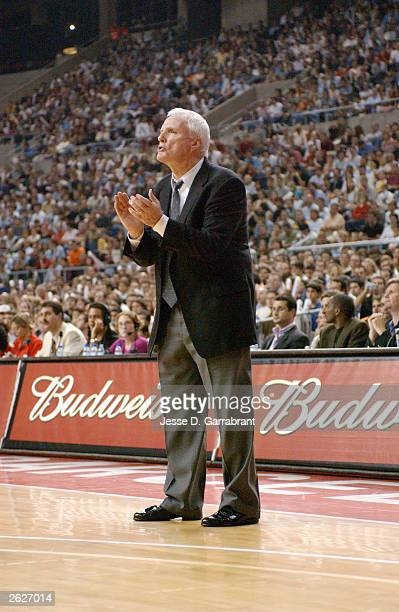 Head coach Hubie Brown of the Memphis Grizzlies gives instructions to his team as he steps into the court during the NBA Europe preseason game...