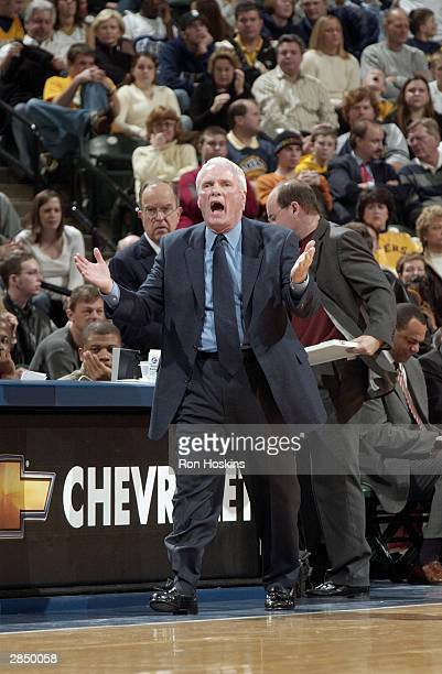 Head coach Hubie Brown of the Memphis Grizzlies yells during the game against the Indiana Pacers at Conseco Fieldhouse on December 29 2003 in...