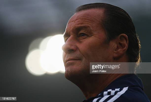 Head coach Huub Stevens of Schalke looks on prior to the Bundesliga match between Hannover 96 and FC Schalke 04 at AWD Arena on November 6, 2011 in...