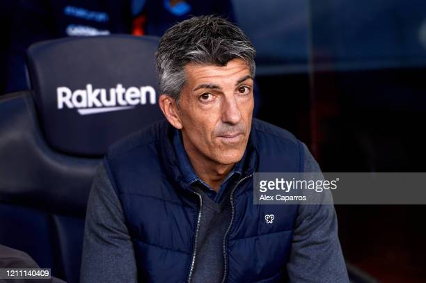 Head Coach Imanol Alguacil of Real Sociedad looks on before the Liga match between FC Barcelona and Real Sociedad at Camp Nou on March 07 2020 in...