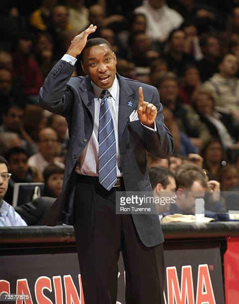 Head coach Isiah Thomas of the New York Knicks calls a play from the sidelines during a game against the Toronto Raptors on March 14 2007 at the Air...