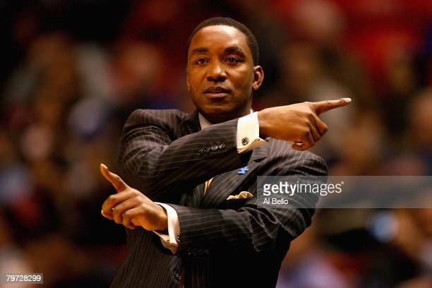 Head coach Isiah Thomas of the New York Knicks directs play during the game against the New Jersey Nets on January 16, 2008 at the IZOD Center in...