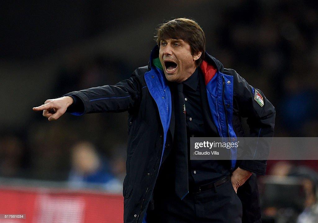 Italy v Spain - International Friendly : News Photo
