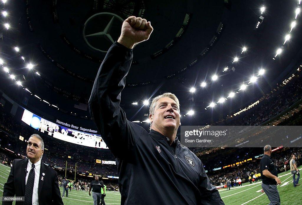 Oakland Raiders v New Orleans Saints : News Photo