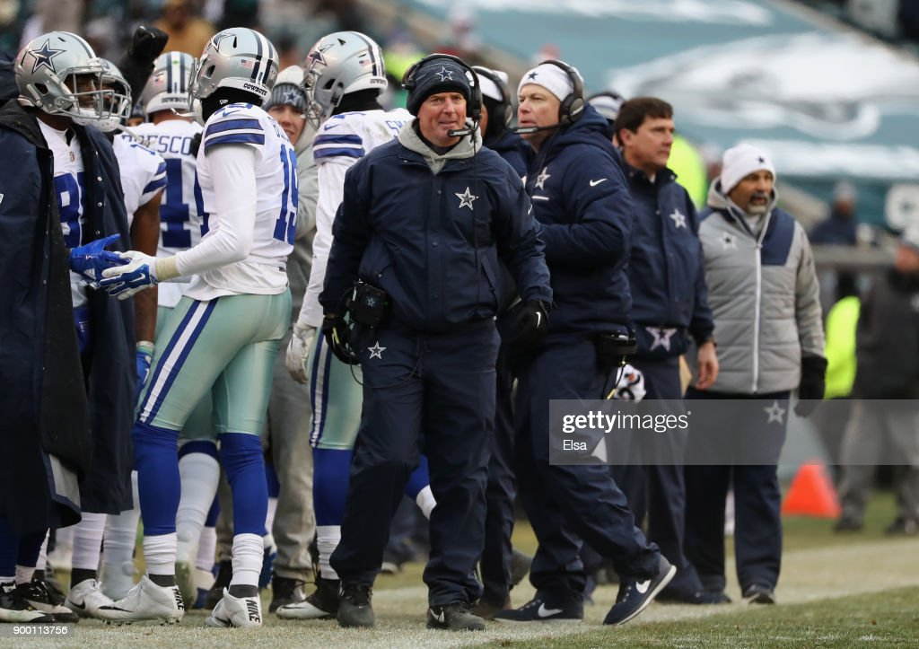 Head coach Jason Garrett of the Dallas Cowboys reacts against the Philadelphia Eagles during the second half of the game at Lincoln Financial Field on December 31, 2017 in Philadelphia, Pennsylvania. The Dallas Cowboys won 6-0.