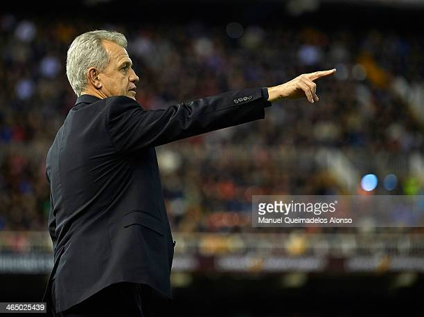 Head coach Javier Aguirre of Espanyol gives instructions during the La Liga match between Valencia CF and RCD Espanyol at Estadio Mestalla on January...