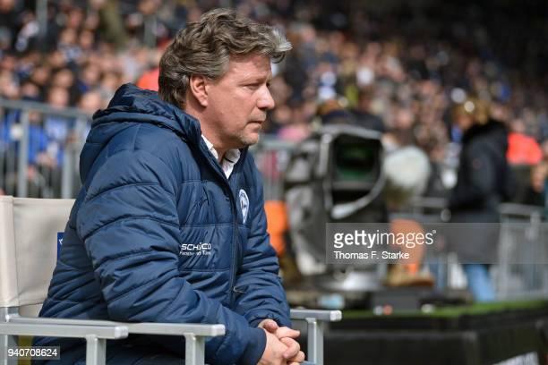 Head coach Jeff Saibene looks on prior to the Second Bundesliga match between DSC Arminia Bielefeld and Holstein Kiel at Schueco Arena on April 1...