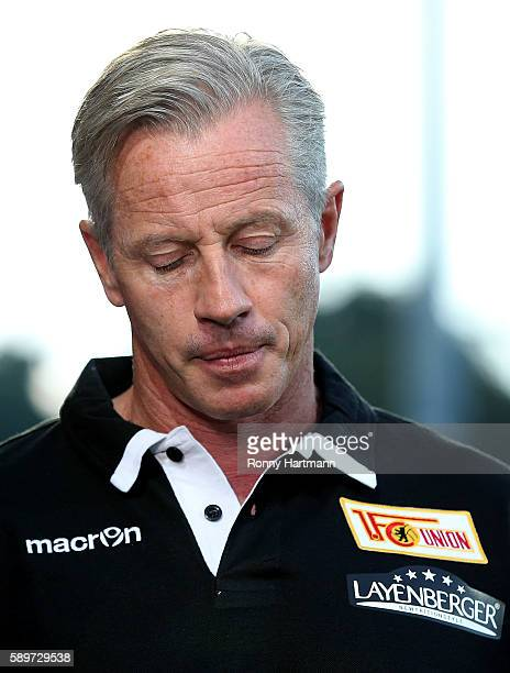 Head coach Jens Keller of Berlin reacts prior to the Second Bundesliga match between 1 FC Union Berlin and SG Dynamo Dresden at Stadion An der Alten...