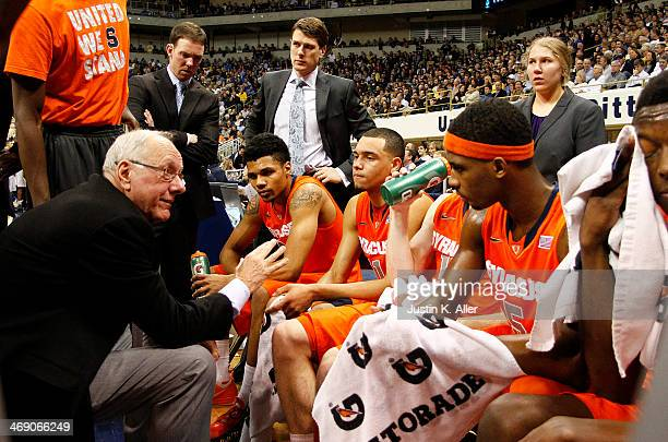 Head coach Jim Boeheim of the Syracuse Orange talks to players during a time out against the Pittsburgh Panthers at Petersen Events Center on...