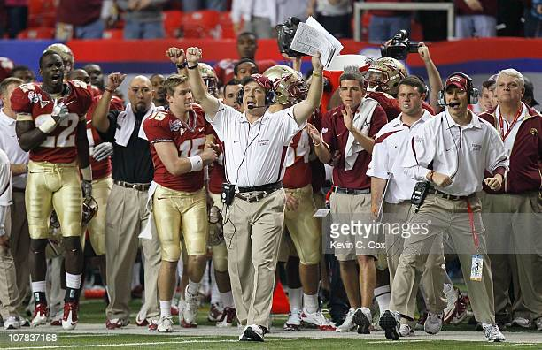Head coach Jimbo Fisher and the Florida State Seminoles sideline reacts after getting a first down in the final seconds of their 2617 win over the...