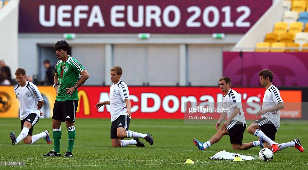 Germany Training Session - Group B: UEFA EURO 2012 : News Photo