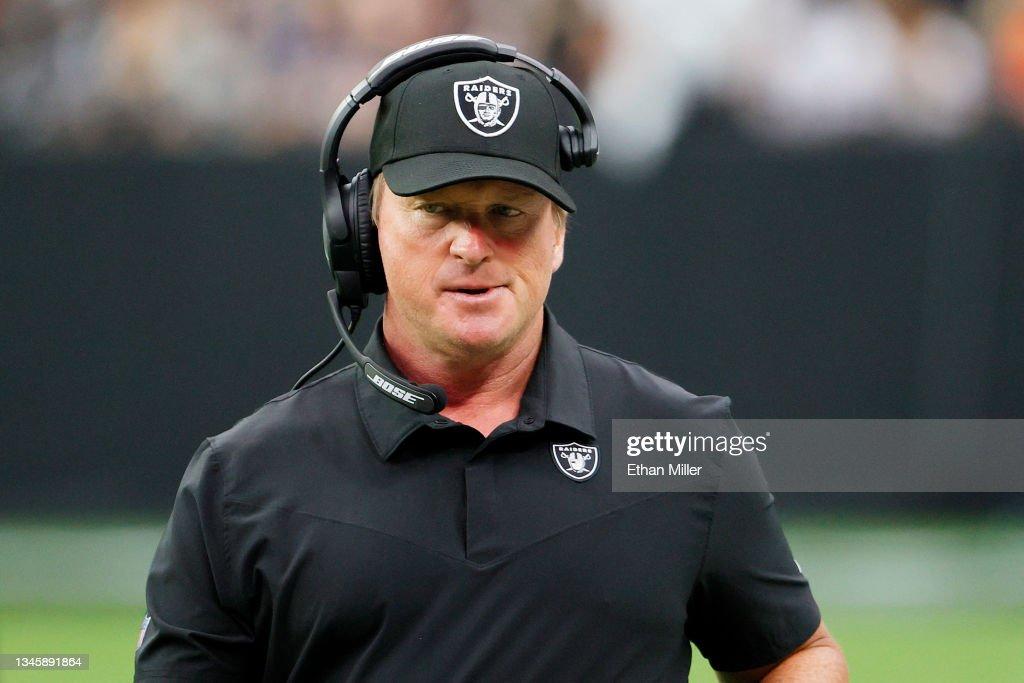 Chicago Bears v Las Vegas Raiders : News Photo