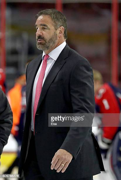 Head coach John LeClair of Team LeClair heads toward the bench before the game against Team Howe on September 22 2016 at the Wells Fargo Center in...