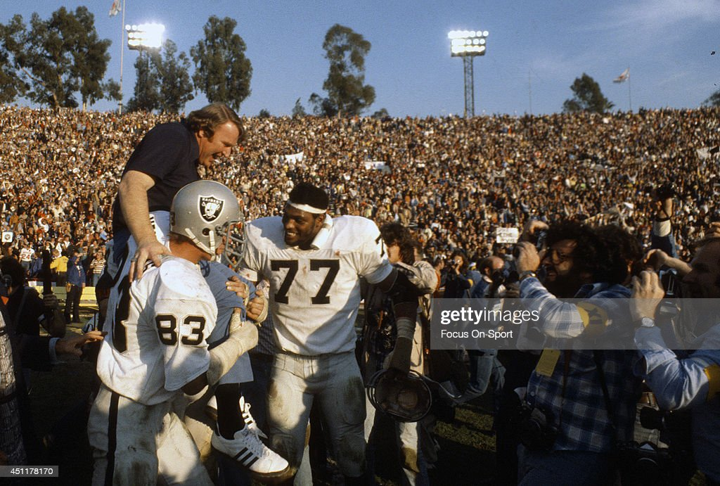 Super Bowl XI - Oakland Raiders v Minnesota Vikings : News Photo