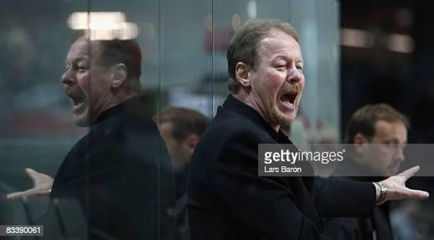 Head coach John van Boxmeer of Bern gestures during the IIHF Champions Hockey League match between SC Bern and Espoo Blues at the PostFinance Arena...