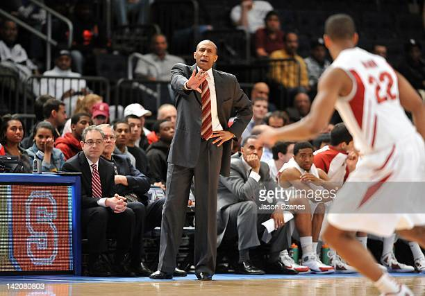 Head Coach Johnny Dawkins of the Stanford Cardinal yells out instructions to Jarrett Mann during his teams game against the Minnesota Golden Golphers...