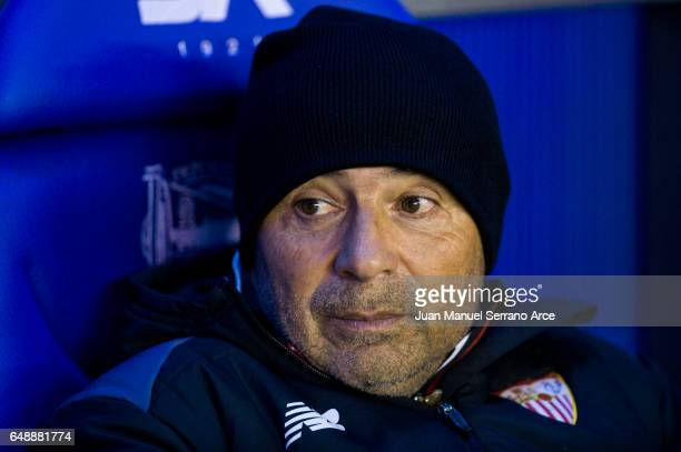 Head coach Jorge Sampaoli of Sevilla FC looks on prior to the start the La Liga match between Deportivo Alaves and Sevilla FC at Mendizorroza stadium...