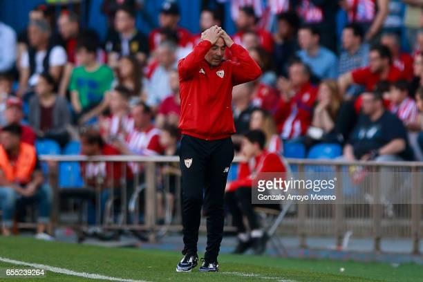 Head coach Jorge Sampaoli of Sevilla FC reacts during the La Liga match between Club Atletico de Madrid and Sevilla FC at Vicente Calderon stadium on...
