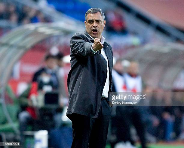 Head coach Jose Couceiro of FC Lokomotiv Moscow gestures during the Russian Football League Championship match between FC Lokomotiv Moscow and PFC...