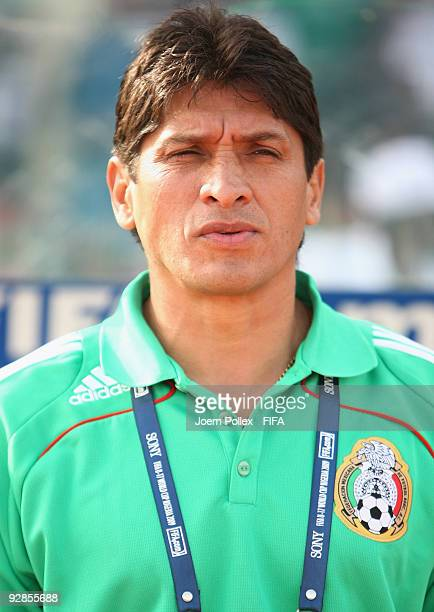Head coach Jose Luis Gonzalez of Mexico looks on prior to the Round of 16 match between Mexico and Korea Republic at the AbubakarTafawa Stadium on...