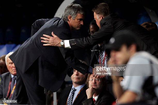 Head coach Jose Mourinho of Inter Milan shakes hand with head coach Louis van Gaal of Bayern Muenchen at the end of the UEFA Champions League Final...