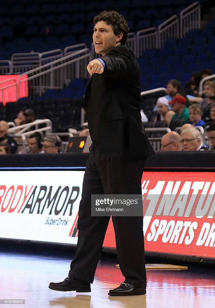 AAC Basketball Tournament - Semifinals