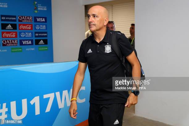 Head coach Juan Gordo of Spain arrives before the FIFA U17 World Cup Brazil 2019 group E match between Spain and Tajikistan at Estádio Kléber Andrade...