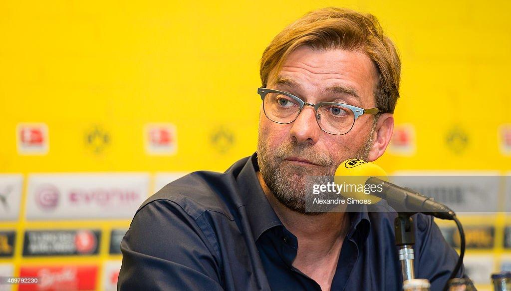 Borussia Dortmund - Press Conference : Nachrichtenfoto