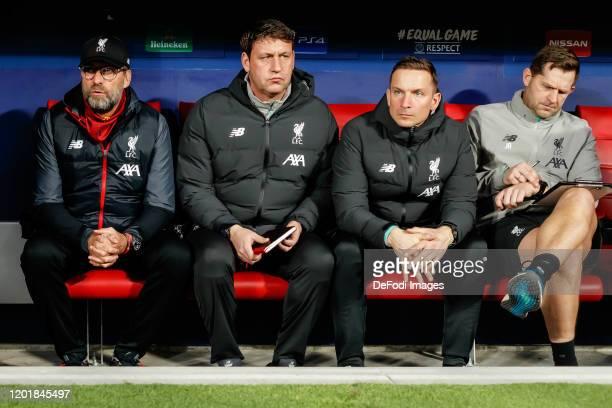 head coach Juergen Klopp of FC Liverpool assistant coach Peter Krawietz of FC Liverpool assistant coach Pepijn Lijnders of FC Liverpool goalkeeper...
