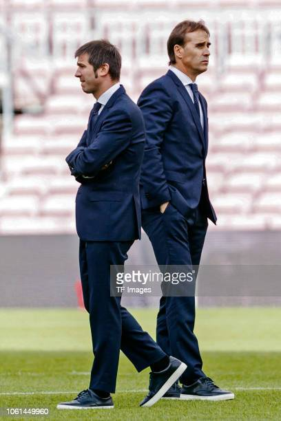 Head coach Julen Lopetegui of Real Madrid and Albert Celades of Real Madrid look on during the La Liga match between FC Barcelona and Real Madrid CF...