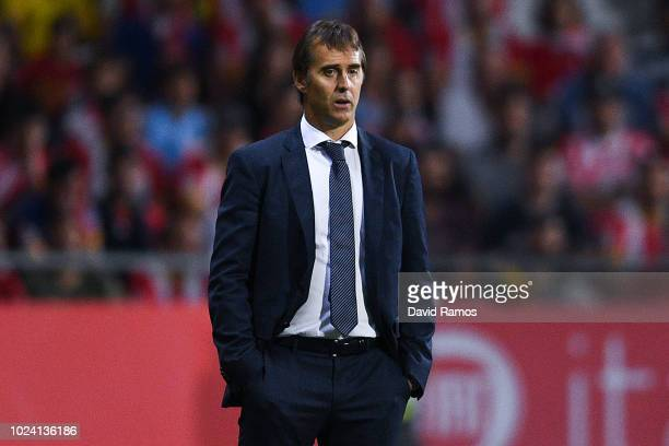 Head coach Julen Lopetegui of Real Madrid CF looks on during the La Liga match between Girona FC and Real Madrid CF at Montilivi Stadium on August 26...