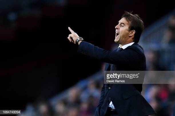 Head coach julen Lopetegui of Real Madrid CF looks on during the La Liga match between FC Barcelona and Real Madrid CF at Camp Nou on October 28 2018...