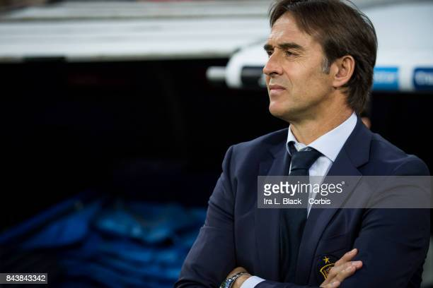 Head Coach Julen Lopetegui of Spain during the FIFA World Cup qualifying match between Spain and Italy at the Santiago Bernabéu Stadium on September...