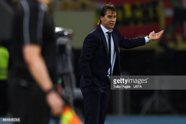 Head coach Julen Lopetegui of Spain gestures during the FIFA 2018 World Cup Qualifier between FYR Macedonia and Spain at Nacional Arena Filip II...