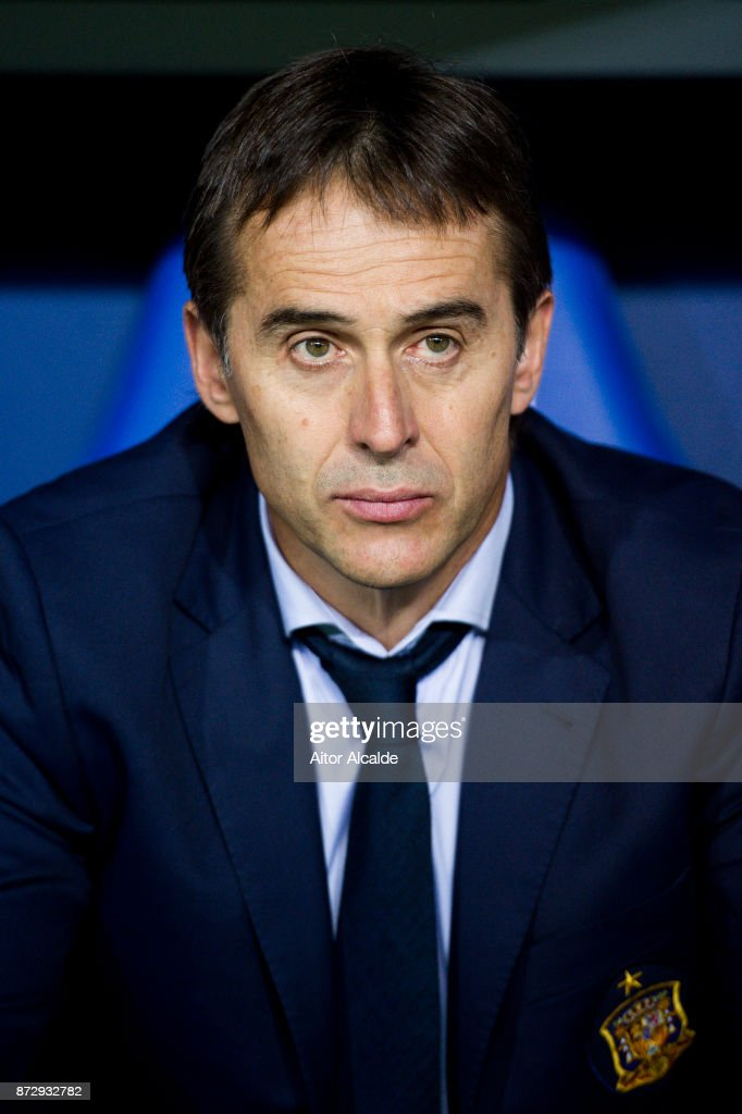 Head coach Julen Lopetegui of Spain looks on prior to the start the international friendly match between Spain and Costa Rica at La Rosaleda Stadium on November 11, 2017 in Malaga, Spain.