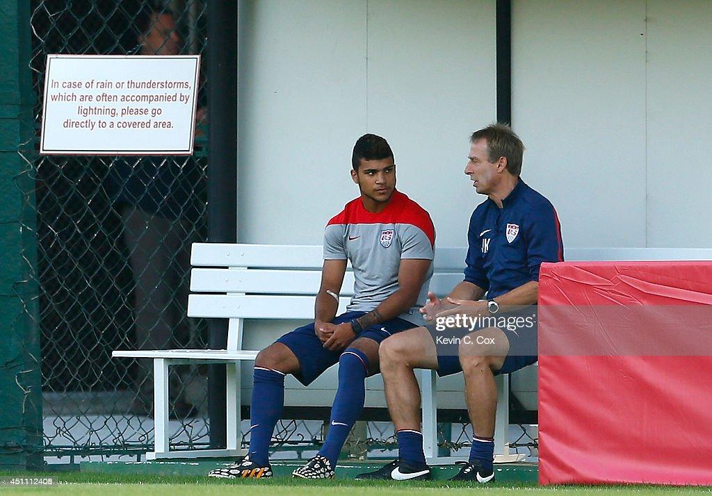 USA Training - 2014 FIFA World Cup : News Photo
