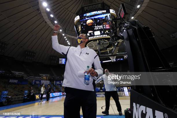 Head coach Juwan Howard of the Michigan Wolverines reacts following his team's victory against the Texas Southern Tigers in the first round game of...