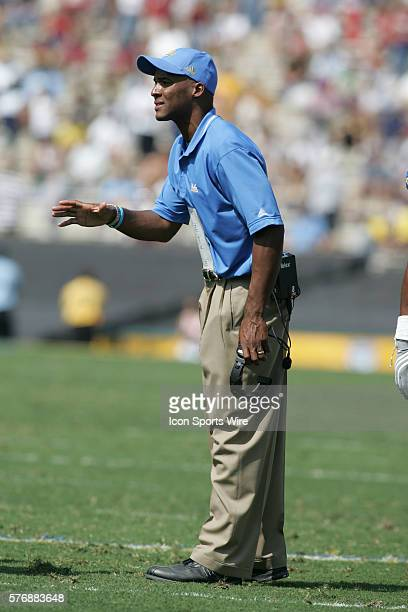 UCLA head coach Karl Dorrell during the 4124 UCLA victory over the Oklahoma Sooners during NCAA Football action at the Rose Bowl in Pasadena CA