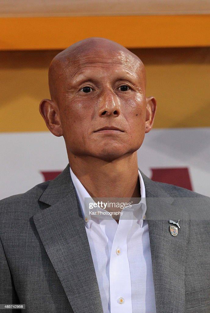 Head coach Kazuaki Tasaka of Shimizu S-Pulse looks on during the J.League match between Shimizu S-Pulse and FC Tokyo at IAI Stadium Nihondaira on August 29, 2015 in Shizuoka, Japan.